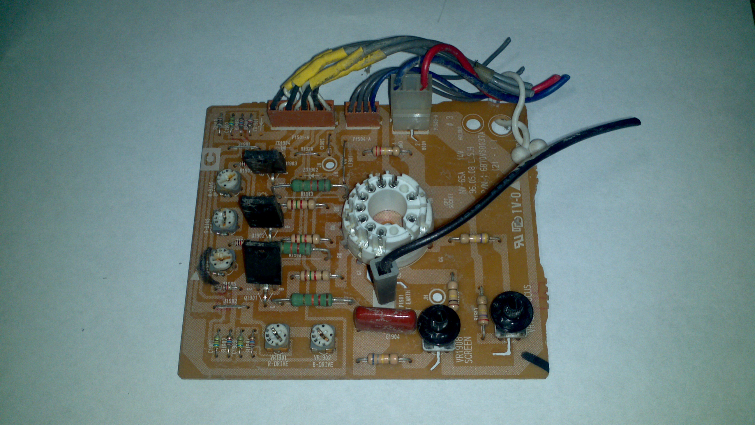 boardsort com buys low grade circuit boards by the pound rh boardsort com